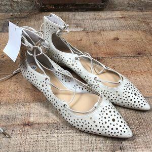 Ivanka trump lace up cutout pointed toe flats 9